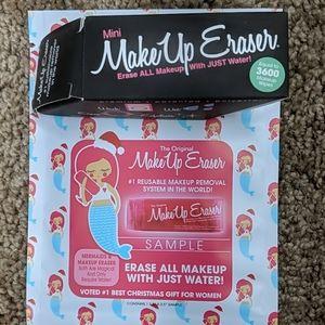5/$25 Makeup Eraser Duo